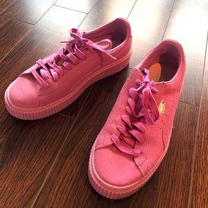 ✨Puma✨ Pink Sneakers